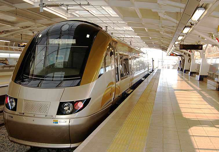 Gautrain-O_R_Tambo_Intl_Airport_South_Africa