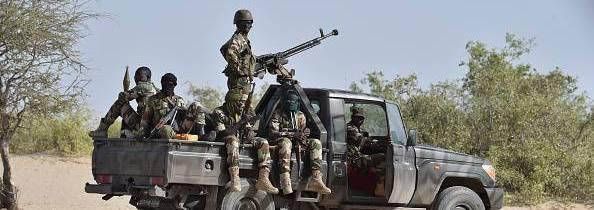 Nigeria – Offensiva contro Boko Haram a rilento. Rimosso il comandante dell'operazione