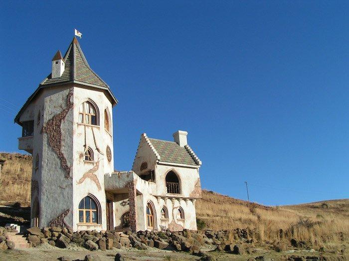 Sudafrica: caverna o castello?