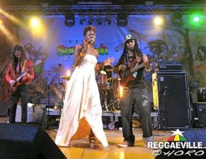 brinadubtonickru8172014-HoRo-Eljer-Reggaeville113