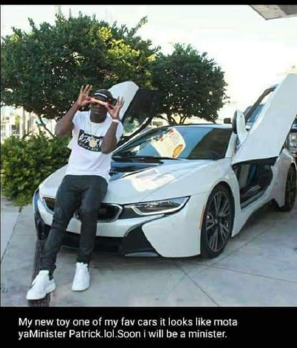 Zimbabwe: The son of the future president spreads his wealth on social networks (PHOTOS)