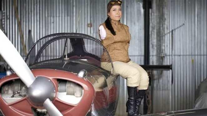 Inspiration: Meet Jessica Cox, the world's first pilot without arms (PHOTOS)
