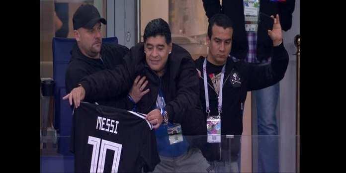 Mondial 2018: Diego Maradona fond en larmes après la défaite de l'Argentine (vidéo)