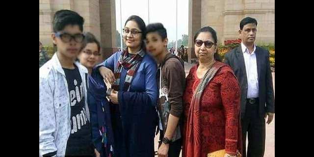 Inde: Une famille de 11 personnes se suicide pour une raison incroyable (photos)