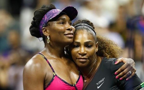 US Open: Serena Williams bat  impitoyablement sa sœur, Venus