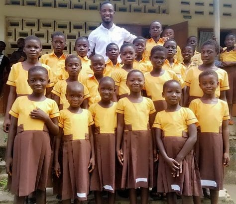 Ghana: Teacher sews school uniforms for his students with his salary