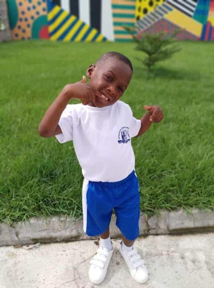 Traité de sorcier et abandonné, Hope represente aujourd'hui son école dans une course de 100 mètres (photos)