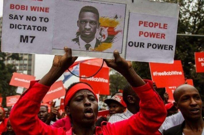 Photo of Wave of sanctions against media in Uganda