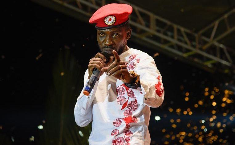 Photo of Ugandan opponent Bobi Wine arrested