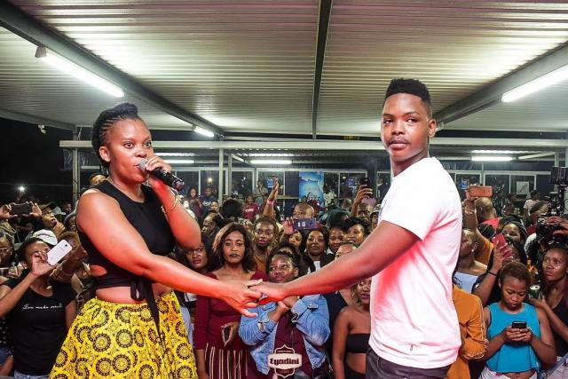 """""""As women, we give our men money to marry us"""" - Zodwa proposes her friend"""