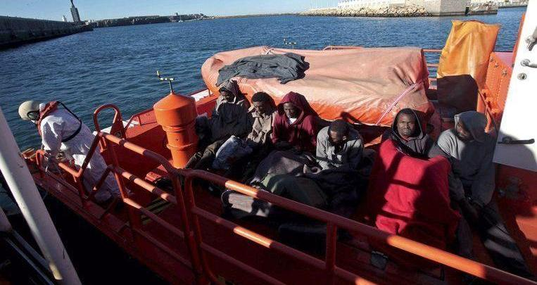 Photo of Moroccan naval power rescues 242 migrants from inflatable boats