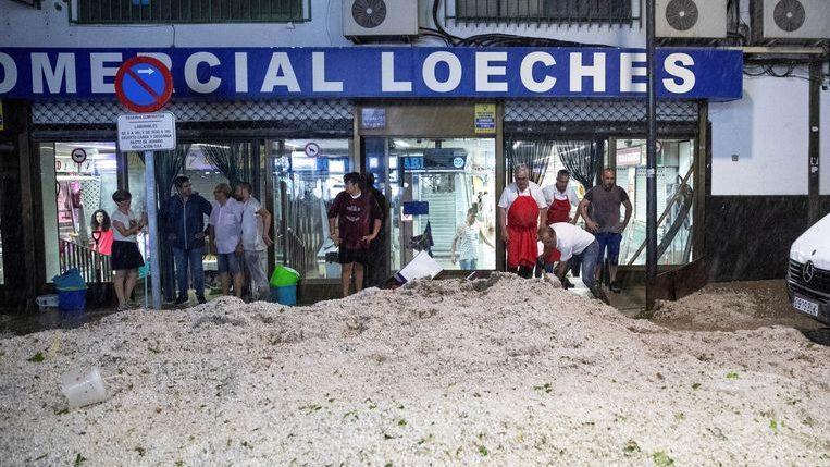 "Photo of Madrid environment hit by a fierce hailstorm: ""A flood never seen"""