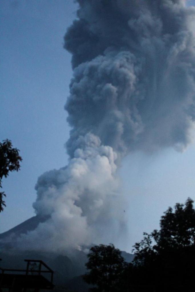 Deadly Merapi volcano erupts in Indonesia