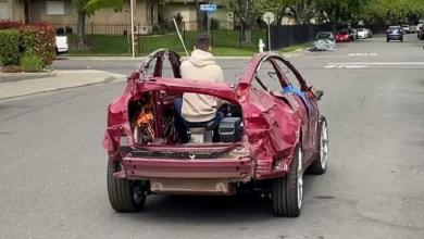 Photo of This Tesla is a total loss, but still drives like a charm