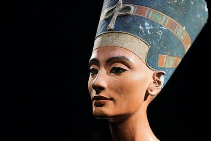 Queen Nefertiti of Egypt These scandalous African queens changed history
