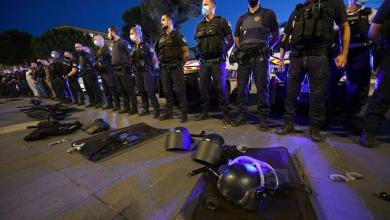 "Photo of French police officers protest for ""zero-tolerance against racism in law enforcement"""