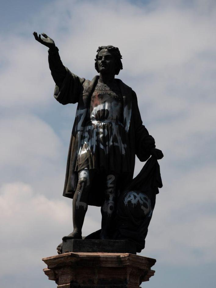 The Columbus statue in Mexico City vandalized a few times before.