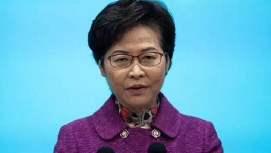 Due to US sanctions Hong Kong leader stacks banknotes in her house