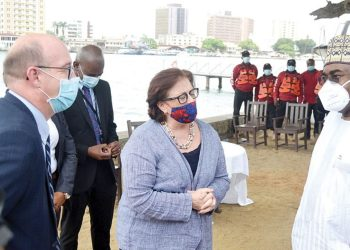Chairman/Chief Executive, National Drug Law Enforcement Agency, NDLEA, Brig. General Mohamed Buba Marwa (Rtd) (right); British Deputy High Commissioner to Nigeria, Ben Llewellyn-Jones and US Consul General, Claire Pierangelo during the donation of a speedboat to the NDLEA by the British government in Lagos…yesterday.