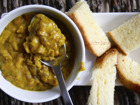 beans curry and coconut bread