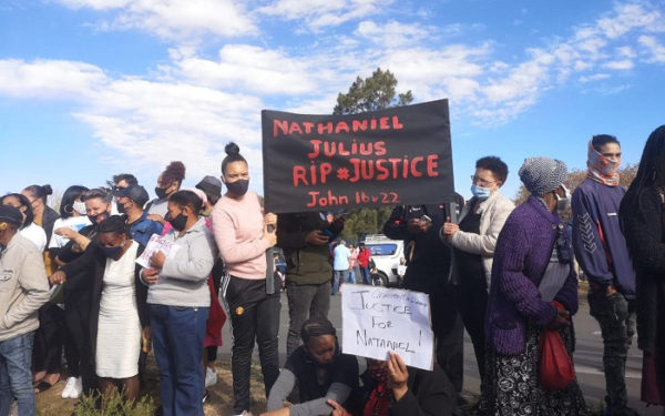 Residents take steps to police station to demand justice for Julies