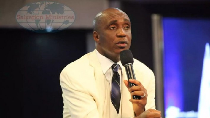 VIDEO: Pastor Ibiyeomie threatens to 'kill' Daddy Freeze for criticising Bishop Oyedepo