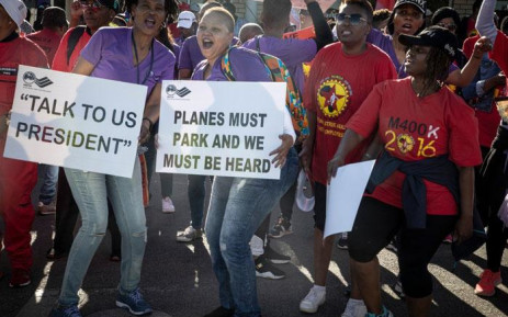 Numsa, Sacca protest outside SAA offices, following government's failure to meet funding deadline