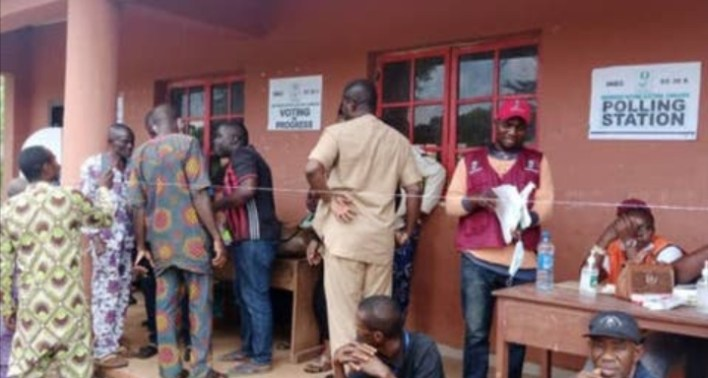 Aggrieved voters protest vote buying in Obaseki's polling unit, Edo