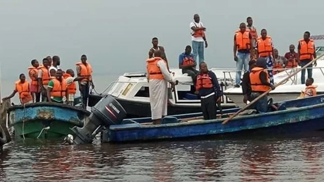 Canoe mishap claims eight lives in Kebbi