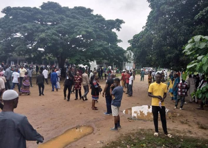 Edo Decides: Gunshots in Akpatason ward; APC Chairman's wife beaten in Egor over vote buying, one arrested