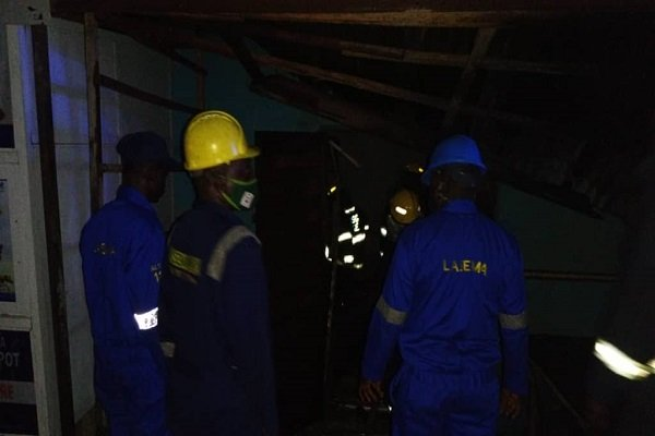 Fire engulfs six shops in Ogudu, Lagos