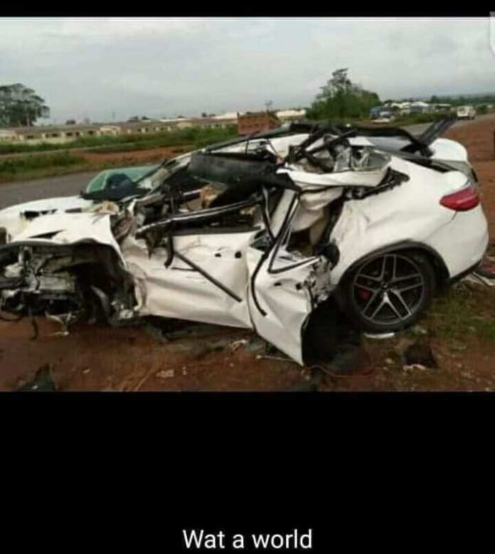 Man dies in car accident 3 days after his wedding in Delta state
