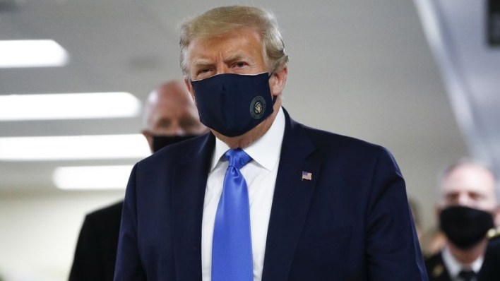 PHOTOS: US Prsident, Trump wears mask in public for first time during COVID-19 pandemic