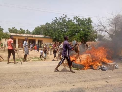 Protester asking Buhari to resign over banditry in Katsina shot dead by police, many others injured