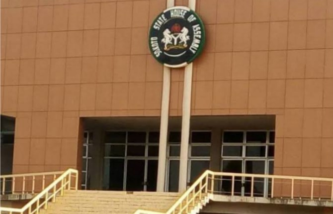 Sokoto assembly screens, confirms two nominees as commissioners