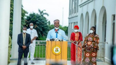 COVID-19: Makinde reviews curfew, approves conversion of isolation centres to PHCs