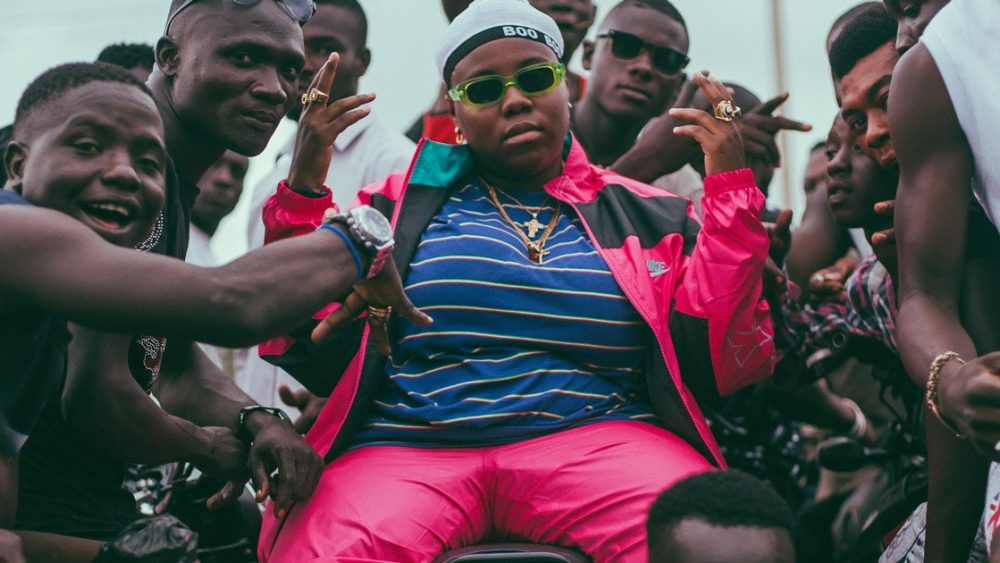 See Teni's epic reply to troll who teased her for being single