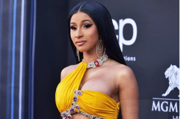 Cardi B holds a family meeting with all her fans globally