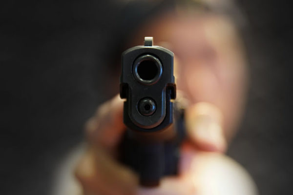 Gauteng traffic cop shot while trying to pull over driver who skipped traffic red light