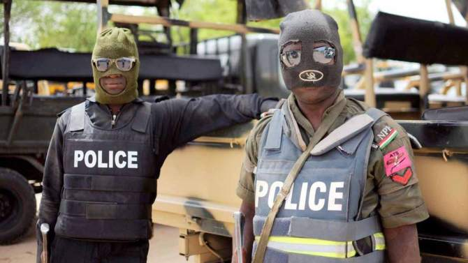 Corps member cries for justice after SARS in Anambra allegedly brutalized her