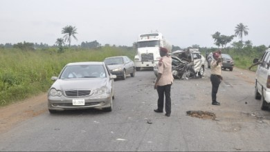 One dead, four injured as truck crashes into mini bus at Onitsha