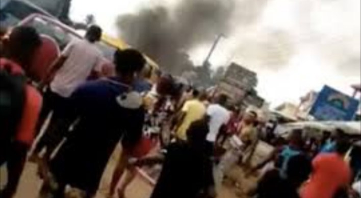 VIDEO: Prisoners storm streets after Hoodlums attack Benin Prison