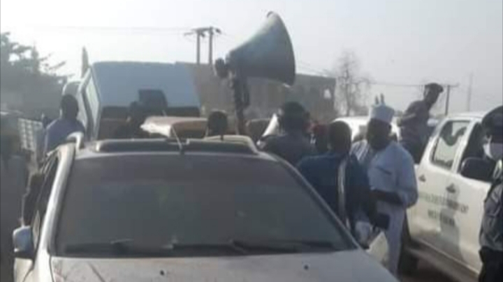 30 herbal medicine hawkers arrested for allegedly using vulgar words to advertise their products in Kano
