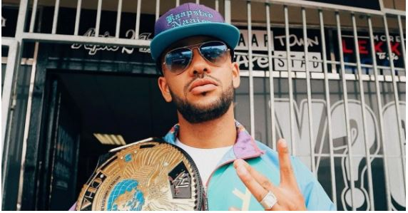 """""""You can buy a gold or platinum plaque, you can't buy love and respect,"""" YoungstaCPT to Mzansi artists"""