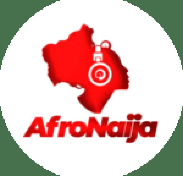 Bracket Ft. Umu Obiligbo - Moving Train | MP3 DOWNLOAD