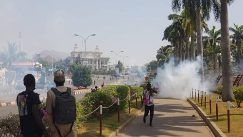 PHOTOS: One Reportedly Killed As Police And Shiites Clash In Abuja