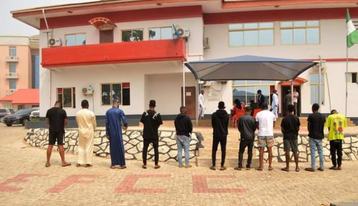 EFCC arrest 11 'yahoo boys' in Osogbo, recovers exotic cars (PHOTOS)