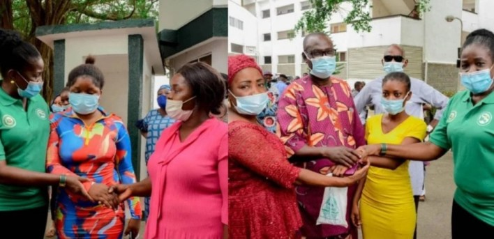 Kidnapping: Ogun govt hands over rescued OOU students to parents (PHOTOS)