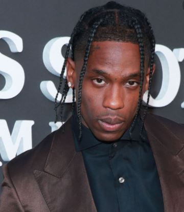 Travis Scott gives 50 000 hot meals to Houston residents amid Texas winter storm