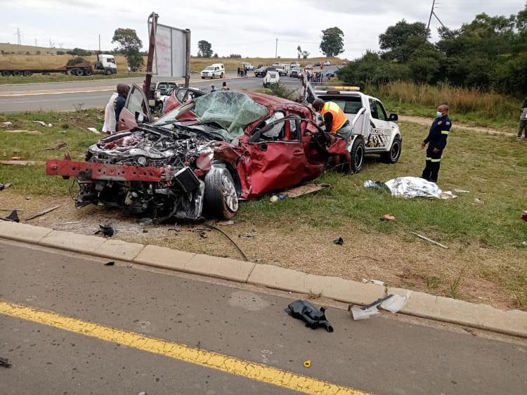 Tragedy as six members of a family including two children lost their lives in fatal accident in South Africa